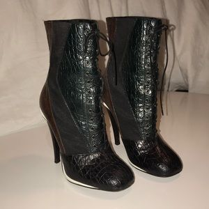 Censor leather boot